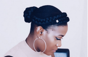 jane_nashe goddess braid with a bun